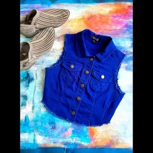 FOREVER 21  Royal Blue Cropped Denim Vest